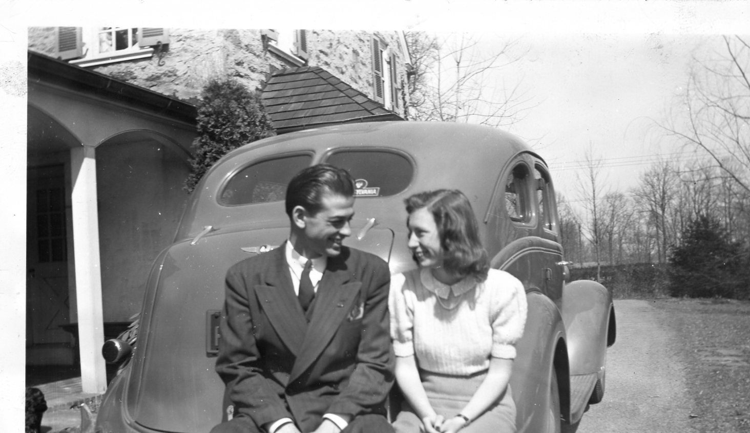 Harvey Garland Druin and Rhoda Estelle Field's engagement photo 23 March 1941