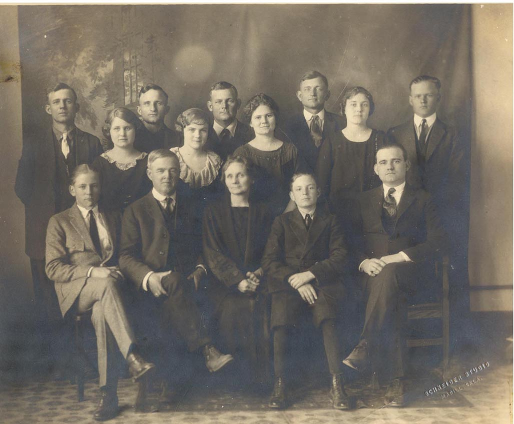 Charles Lee Jones Family about 1920