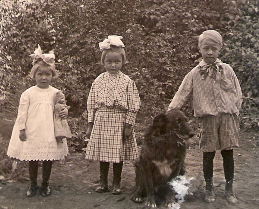 Kenneth, Belva and Nona Brown, probably taken in their yard