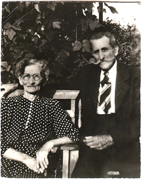 Lela Bessie Shoults and Willis Nelson Milton Lawrence