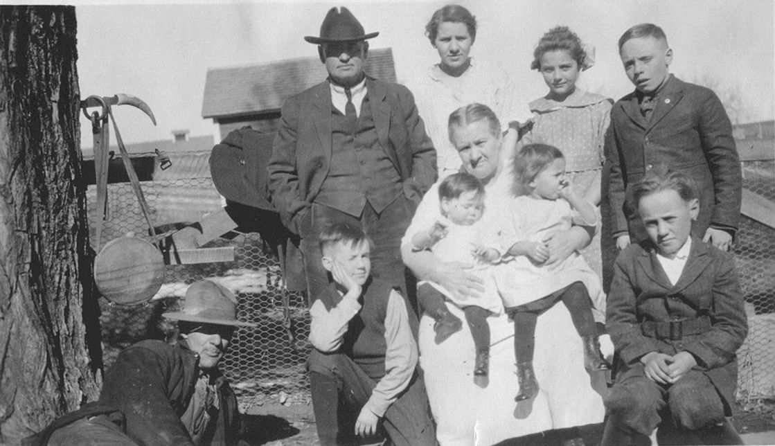 George and Emma Light with their grandchildren